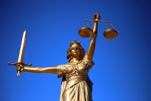 justice_statue_lady_justice_greek_mythology_roman_goddess_god's_law_goddess_of_the_law_oh_titi_youth-1186582.jpg!d