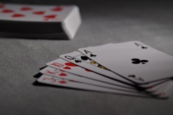 playing-cards-1201257_1920